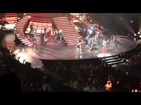 Taylor Swift in Concert in Atlanta 4-18-13 - Taylor's home videos plus '22' to rear stage