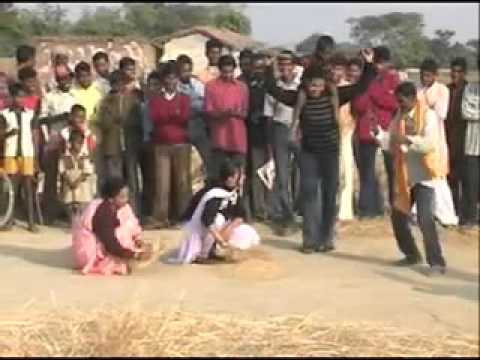 HD 2014 New Nagpuri Sadri Hot Song    Chhauwa Samay Ke    Rajesh Tigga 4