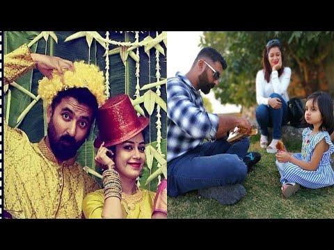 Run Serial Sakthi(krishna) Family Stills With Wife Chaya Singh Stills