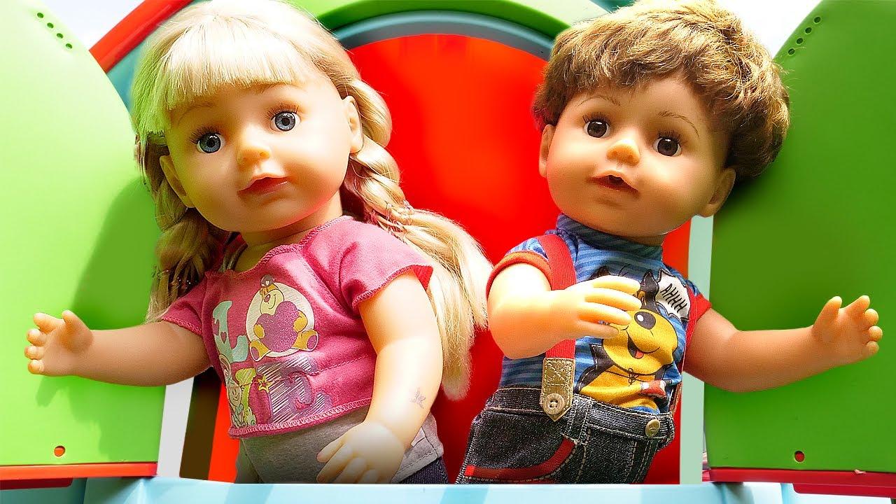Смешное видео с куклами - БЕБИ БОН сестричка и братик в игровом домике! – Игры для детей с Baby Bon