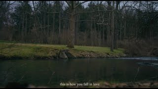 Jeremy Zucker & Chelsea Cutler - this is how you fall in love (Lyric Video)