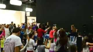Toata lumea danseaza...Braila Mall-Style Dance Braila