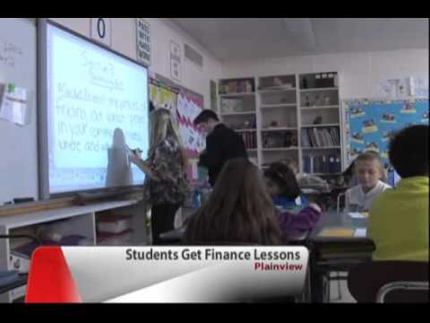 Plainview Middle School Students Get a Head Start on Financial Literacy