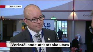"""""""Är du ironisk nu?"""" - inte lätt att avgöra om Björn Söder är nöjd eller inte - Nyheterna (TV4)"""