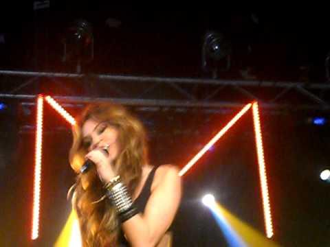 Miley Cyrus @ G-A-Y- Robot