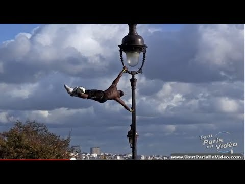 Download Iya Traoré, Football Freestyle à Montmartre (Full HD)