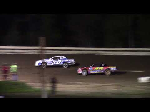 Hummingbird Speedway (9-9-17): Sunny 106.5 FM Pure Stock Feature