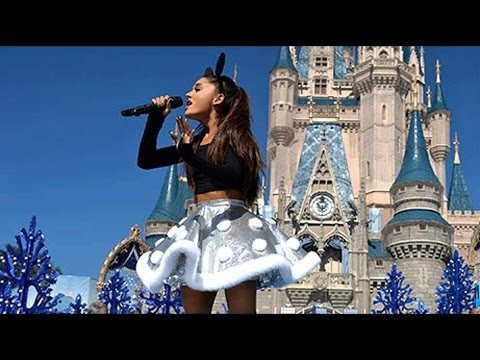 Ariana Grande - Focus (Live At The Disney Christmas Parade 2015) HD