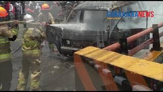 BREAKING NEWS: Angkot jurusan Cileunyi - Cicaheum Ludes Terbakar