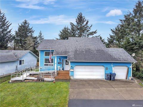 Home For Sale: 121 S Oar Lp SW,  Ocean Shores, WA 98569   CENTURY 21