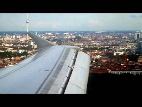 Atterrisage à Berlin et vue de Fernsehturm de Berlin, Tour de Berlin