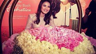 OMG! Fattah Amin beri Fazura 500 kuntum bunga ros sebagai hadiah harijadi