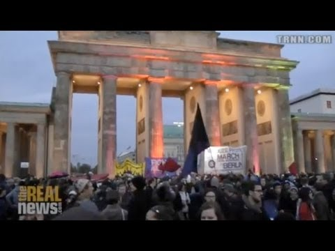 Refugees March to Berlin Demanding Full Human Rights