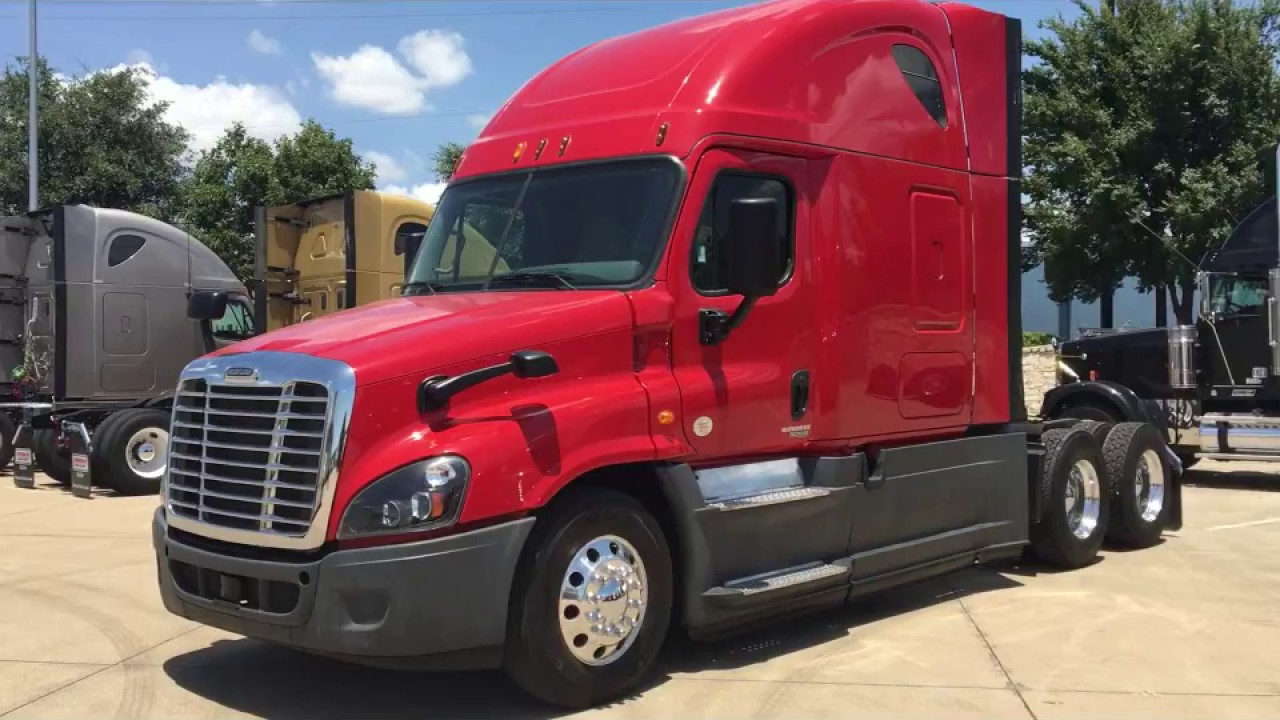 2015 Freightliner Cascadia >> 2015 Freightliner Cascadia Walkaround With Rob Nusca