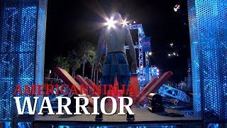 Kevin Bull at the 2014 Venice City Finals | American Ninja Warrior