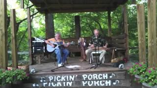 Tull Glazener @ Wood-N-Strings Dulcimer Shop