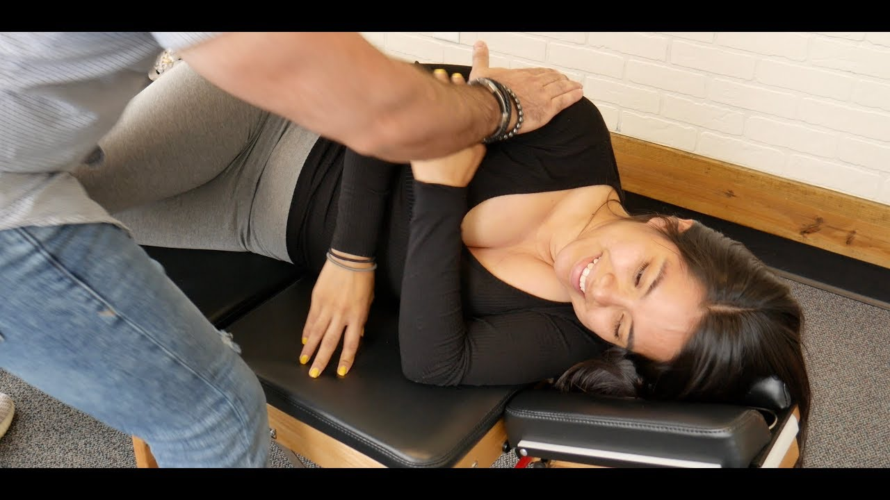 CRACK ADDICTS Special!! Y-Strap Chiropractic Compilation