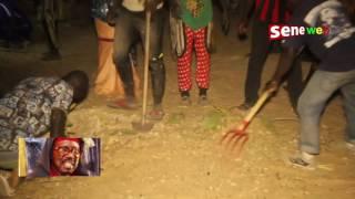 Sur la tombe de Serigne Cheikh, certains fidèles ont craqué