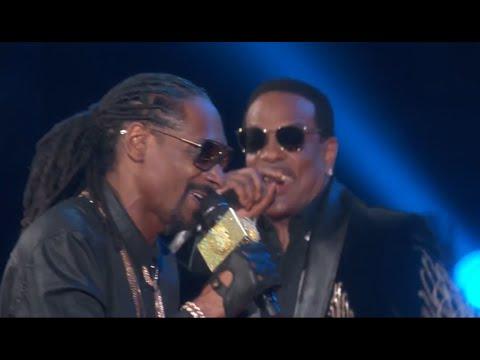 Snoop Dogg Peaches N Cream ft. Charlie Wilson @ 2015 iHeartRadio Music Awards Live HD
