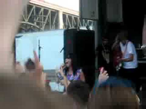 I Kissed A Girl Katy Perry Cleveland Warped Tour 2...