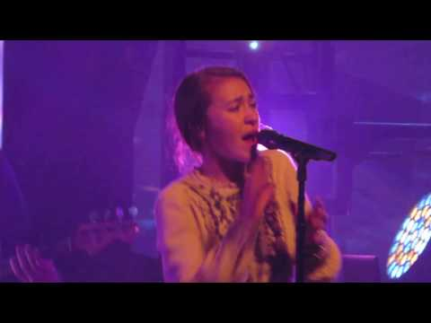 "Lauren Daigle ""Oh Lord"" (Live)"