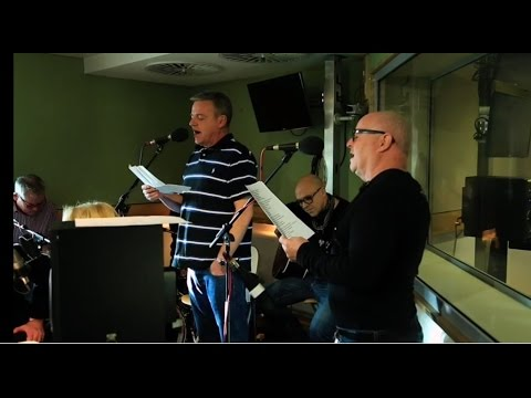 `MADNESS` PERFORM `SUNNY AFTERNOON` BY `THE KINKS`.LIVE AT BBC RADIO 2.