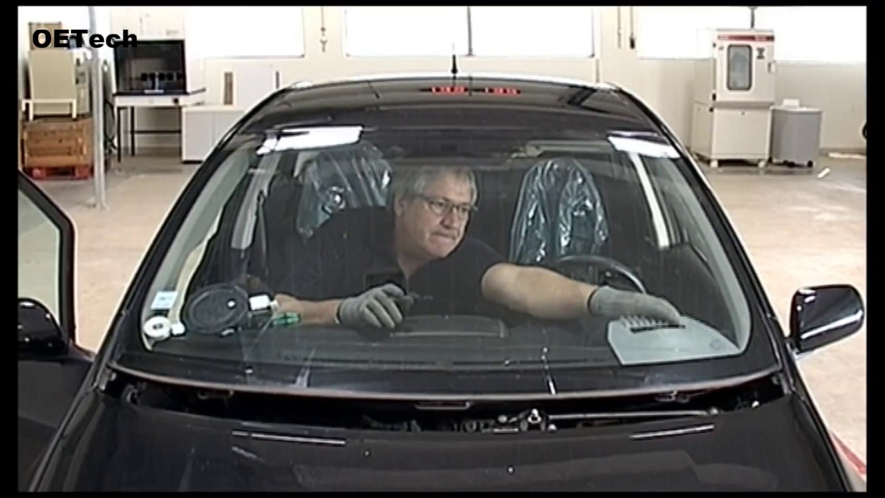 Windscreen Remover Tool - YouTube