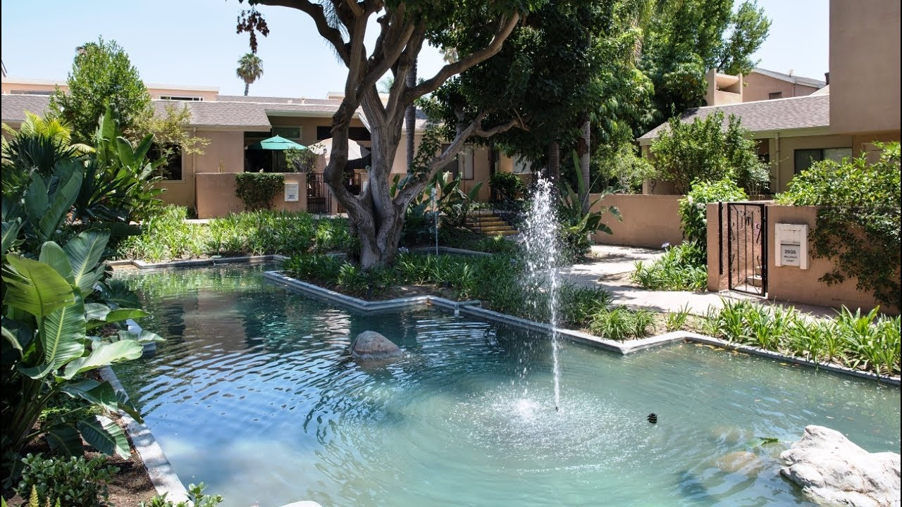 Water Gardens Townhome   2933 Barrington Ct., Fullerton, CA 92831