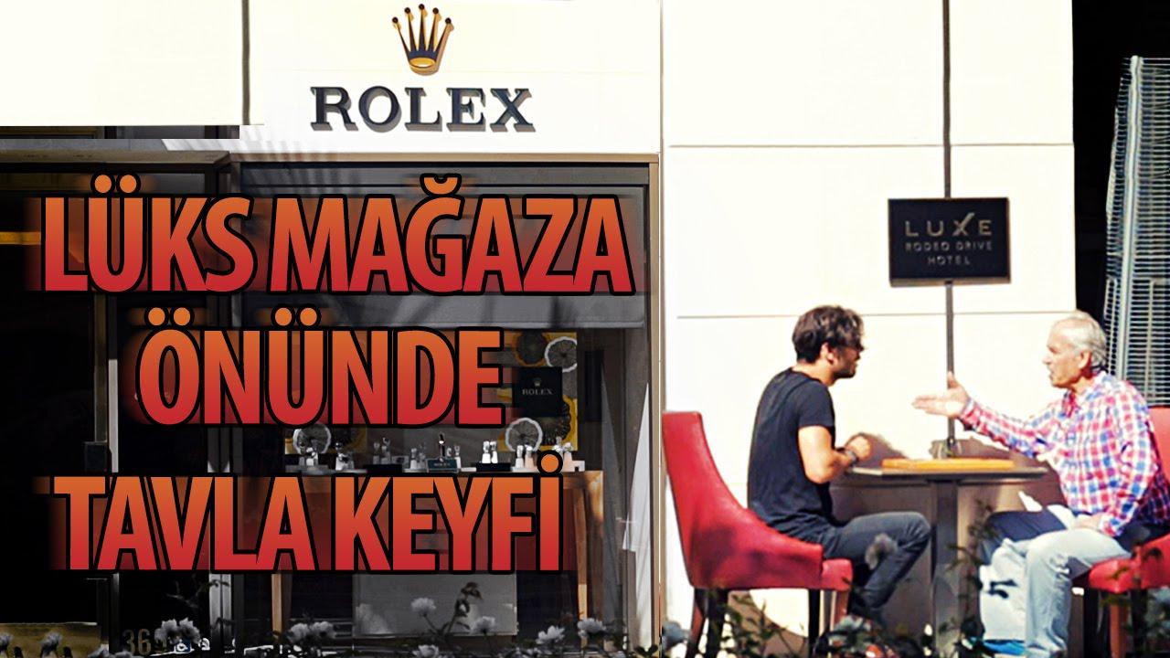 Download Lüks Mağaza Önünde Tavla Keyfi - Hayrettin