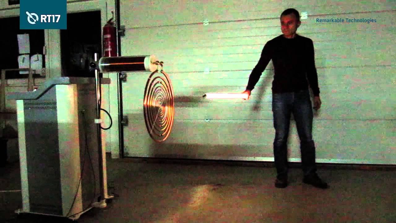 Multiple Wave Oscillator: Electric Field Measurements