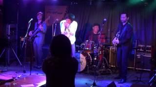 主に福岡で活動しているブルースバンドです。 今回は熊本ぺいあのPLUSで...