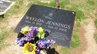 Waylon Jennings' Grave + Story
