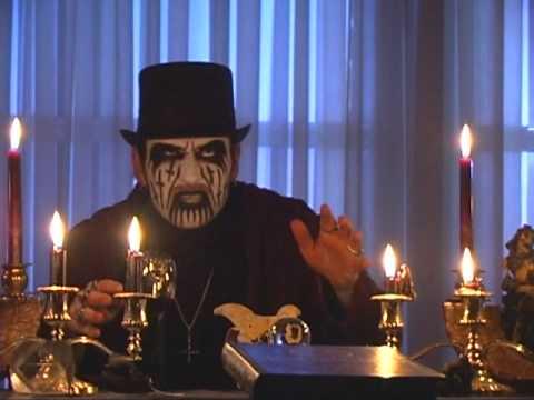 The Puppet Master - King Diamond Reveals The Plot. - Metalblade