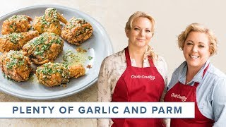 Unforgettable Fan Favorite Recipes: Garlic Fried Chicken and Crispy Parmesan Potatoes
