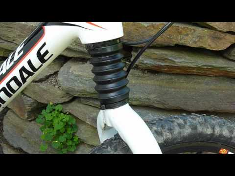 387560e9680 Cannondale DLR80 Headshok Problems - YouTube