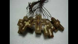 Дрвени крстићи- ручни рад / Handmade Wooden Crosses