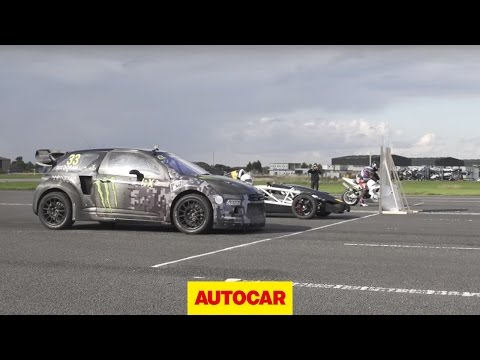 Watch a Rallycross Citroen Utterly Decimate a Superbike in a Drag Race