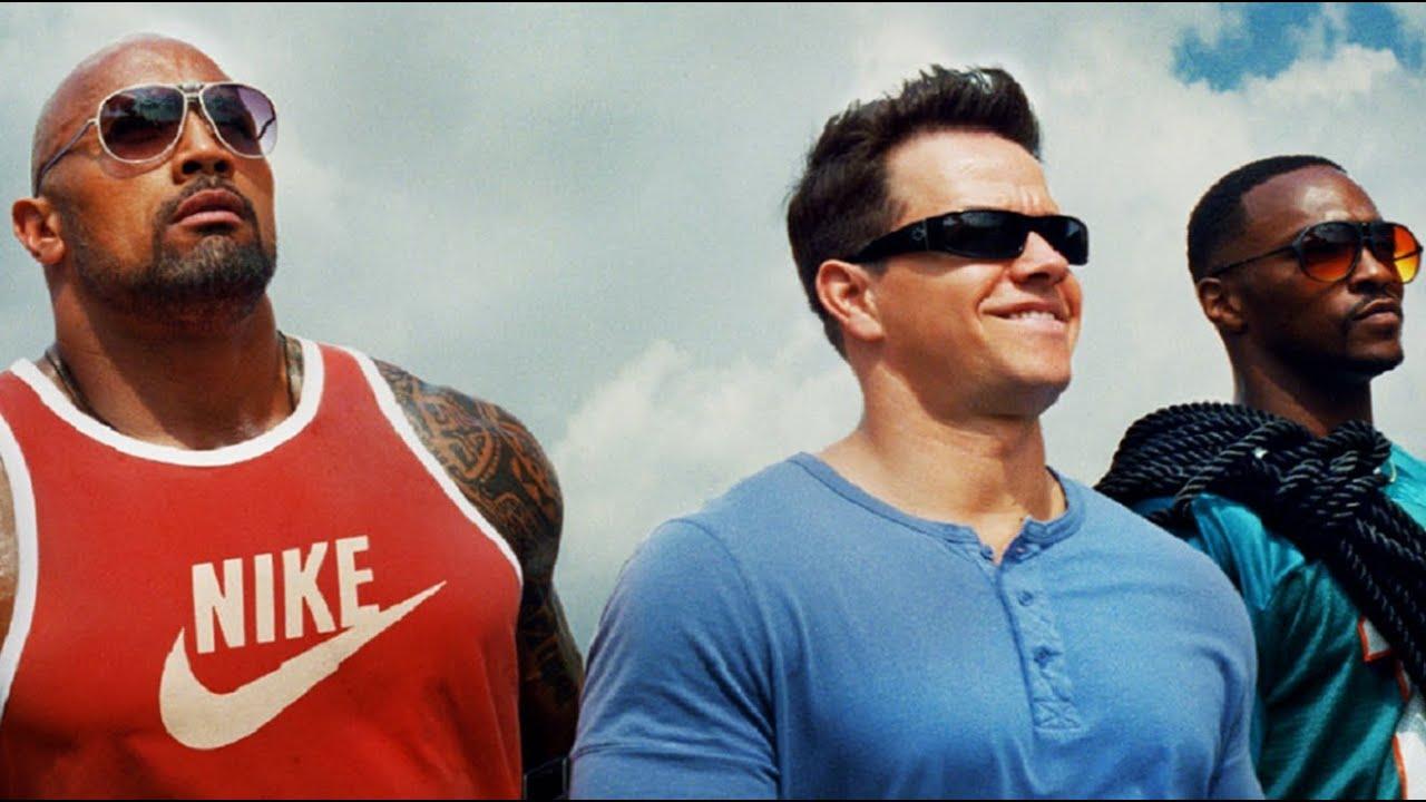 Dwayne Johnson, Mark Wahlberg y Anthony Mackie en Pain & Gain