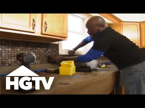 How to Install a Kitchen Tile Backsplash | HGTV