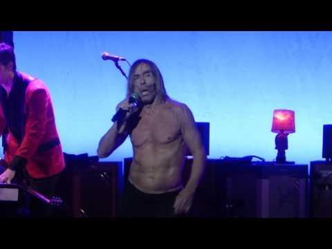"""China Girl"" Iggy Pop@Academy of Music Philadelphia 4/15/16"