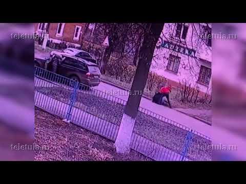 Камеры наблюдения запечатлели момент убийства на парковке в Кимовске