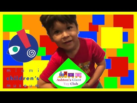 CHILDREN'S MUSEUM MIAMI (PART 4) | HOLOGRAPHIC FISH SWIM IN SANDBOX!! | COLORFUL MAGNETIC SHAPES