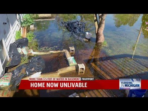 HOUSES FLOODED WITH WATER, BRIDGES OVERFLOWED IN MANY AREAS OF KALABURAGI DISTRICTKaynak: YouTube · Süre: 1 dakika33 saniye