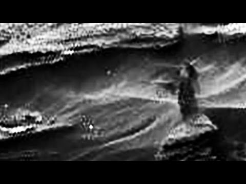 Alien Woman On Mars spotted by Nasa's Rover + Full Resolution Picture | UFO Sightings 2015