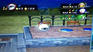 SpiderStaryu runs over 3 Players with the Bowlo Candy (Mario Party 8)