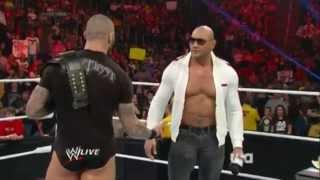 Regreso de Batista a Monday Night Raw 20 de Enero 2014. [En Español Latino]