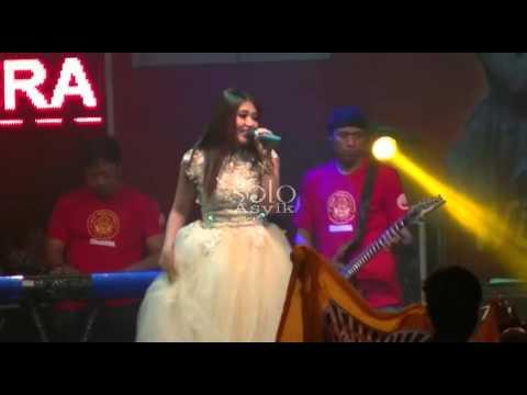 Tum Hi Ho - Via Vallen SERA Dangdut Koplo Live THR Sriwedari Solo