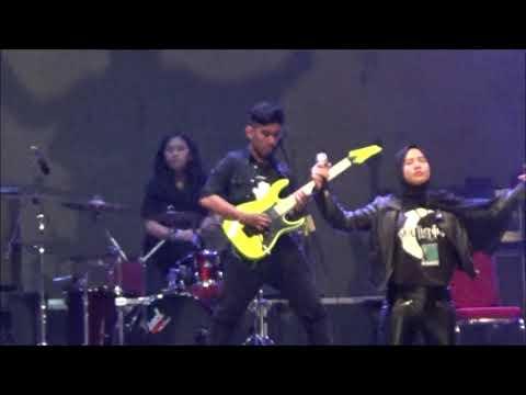 Juara 2 Festival Band pelajar pada perayaan HUT Tangerang Selatan yang ke X,