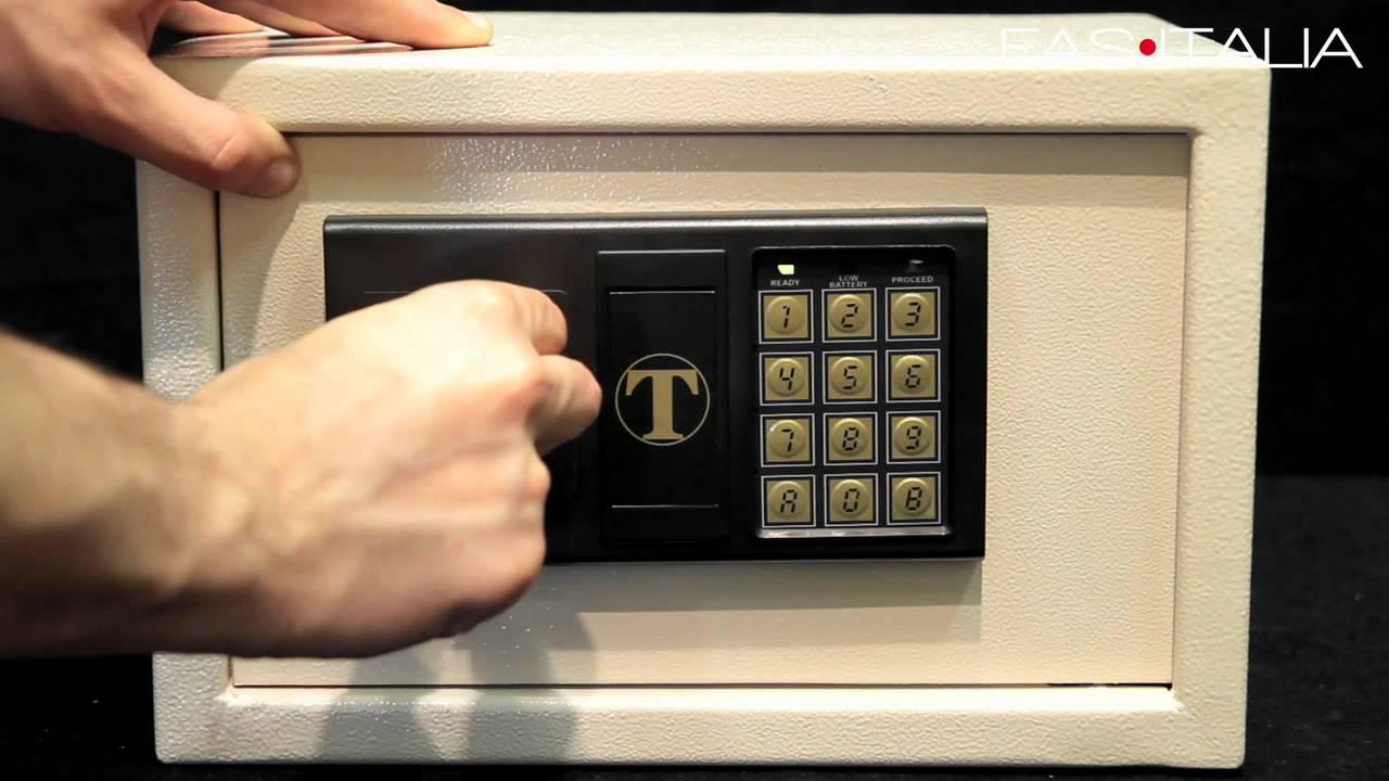 Casseforti a combinazione elettronica per Alberghi  YouTube