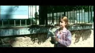 По ту сторону кровати / De l'autre côté du lit (2008) трейлер